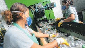 Escassez de matéria-prima persiste e embalagem fica 30% mais cara